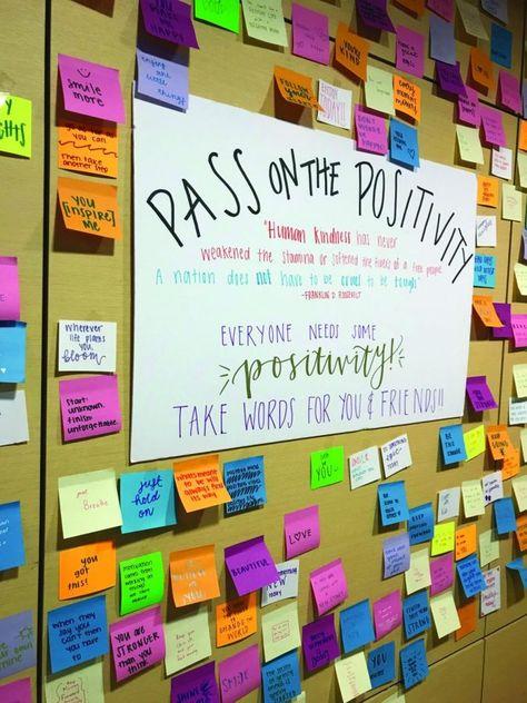 The kindness wall increases optimism in Pewaukee High School – The Hook – School Calendar İdeas. High School Counseling, High School Activities, Counseling Office, School Social Work, High School Classroom, High School Students, College Students, School Counselor Door, Senior Activities