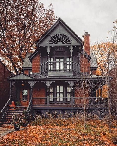 My Dream Home, Dream Homes, Mansion Homes, Dream Mansion, Autumn Cozy, Autumn Fall, Cute House, Gothic House, House Goals