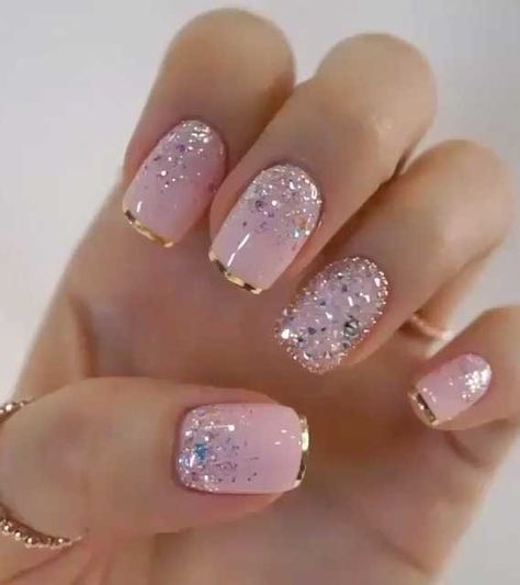 nail art designs with glitter \ nail art designs ; nail art designs for spring ; nail art designs for winter ; nail art designs with glitter ; nail art designs with rhinestones