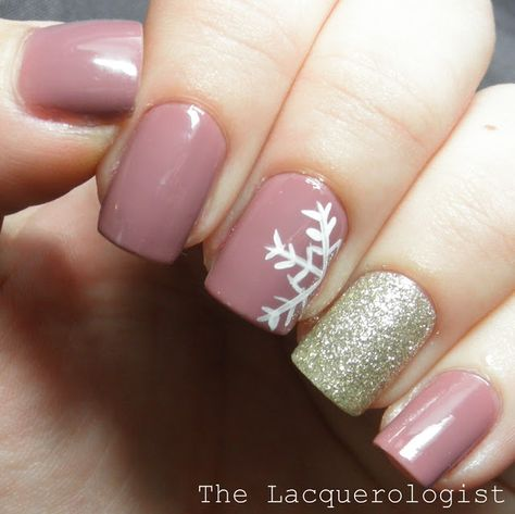 The Perfect January Manicure (Casual Contrast)