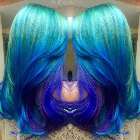 Ocean Waves One of the prettiest color melts we've seen by Jess Nitti mermaid…