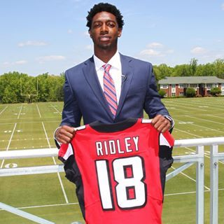 Calvin Ridley Has Officially Signed His Rookie Contract Our Entire 2018 Draft Class Is Now Signed Falcons Football Atlanta Falcons Atlanta