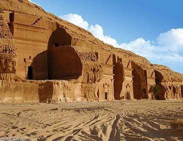 Dreams Of Tourism Tear An Ancient Mythical Arab Kingdom Full Of Sec Mythical Ancient Kingdom
