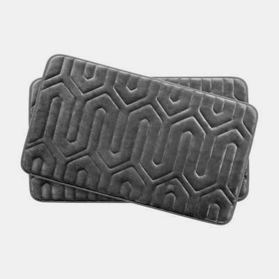 Super Soft Brushed Microfiber Surface Surrounds A Thick Memory Foam Core Allowing Water To Repel For Quick Dry Bath Mat Sets Memory Foam Bath Mats Memory Foam