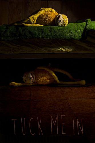 Tuck me in (short film 2014)  Short film directed by Ignacio F. Rodó. Based on a story by justAnotherMuffledVO (Juan J Ruiz). Starring Luka Schardan and Mark Schardan. Portfolio: http://cargocollective.com/ignaciofrodo IMDb: http://imdb.com/title/tt3776384/