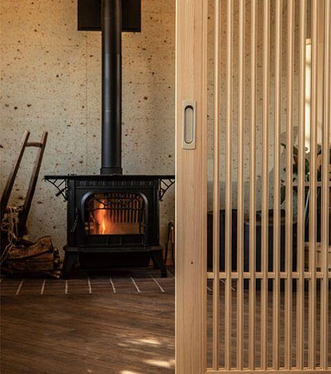 地檜建具室内ドアシリーズ 引戸の魅力がいちばん引き立つデザインに