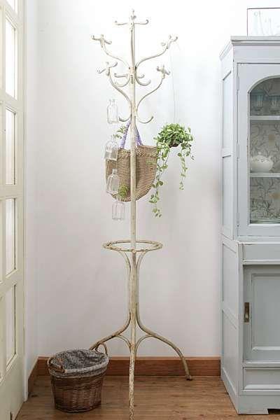壁 天井 観葉植物を室内で吊るす方法と飾り方 ひとはなノート 壁