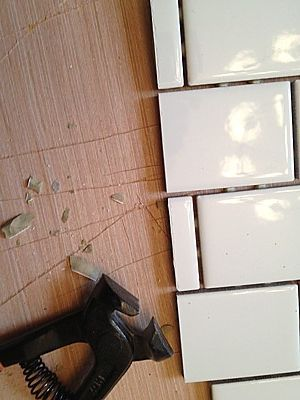 How To Cut Ceramic Tile With A Hand