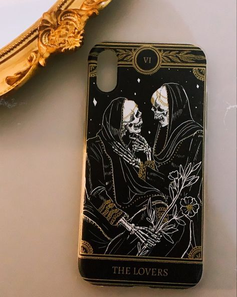 ✨phone cases now up on the shop! please note that these ship separately and take 8-14 days to produce✨ #13thpress #phonecases #thelovers #themarigoldtarot #tarot #tarotart #tarotcards #tarotinspired #tarotphonecase #tarotphone