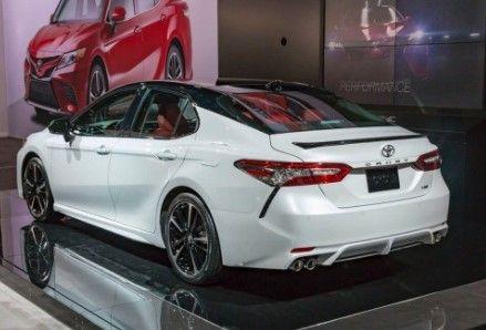 2020 Toyota Camry Hybrid Xse Land Cruiser Sedan Melbourne