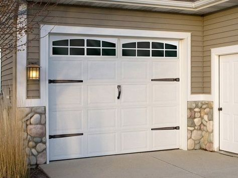 10 Ft Garage Door With Craftsman Style 10 Ft Garage Door With Craftsman Style Bathroomremodel Craftsm Garage Doors Garage Door Design Garage Door Decor