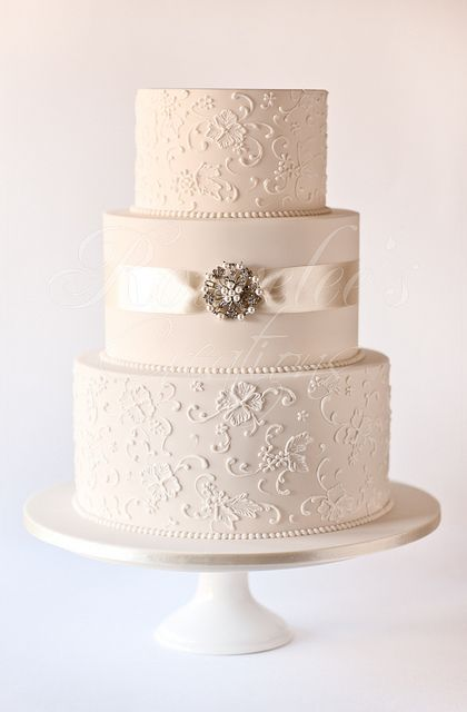 Vintage Wedding Cakes | jenna 3 tier wedding cake with a vintage theme cake is iced in ivory ...