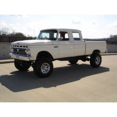 Crew cab old school: Ford Trucks
