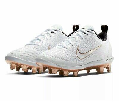 Softball cleats, Nike