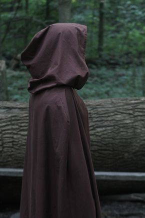 The Legend of Agilaz and Aliruna Rangers Apprentice, Ella Enchanted, Hooded Cloak, Brown Aesthetic, Aesthetic Pics, Dragon Age, Skyrim, Rogues, Character Inspiration