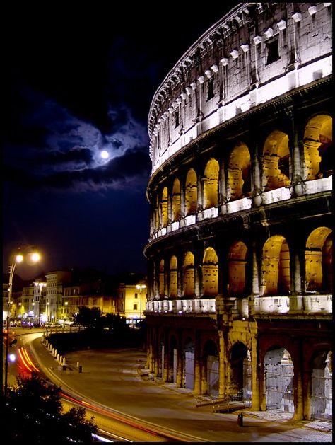 Rome, Italy  http://www.vacationrentalpeople.com/rental-property.aspx/World/Europe/Italy/Veneto/Venice/Apartment-55020