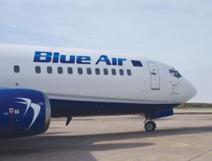 Civil Aviation Group Cumpără Air Moldova Compania Civil Aviation Group Srl Din Care Face Parte Operatorul Aerian Roman Blue Air A Ofer Blue Air Air Liverpool