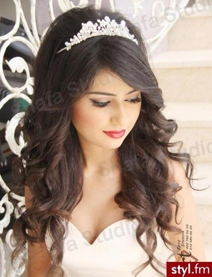 Pin By رهان Rehan On تسريحات شعر Quince Hairstyles Princess Hairstyles Bride Hairstyles