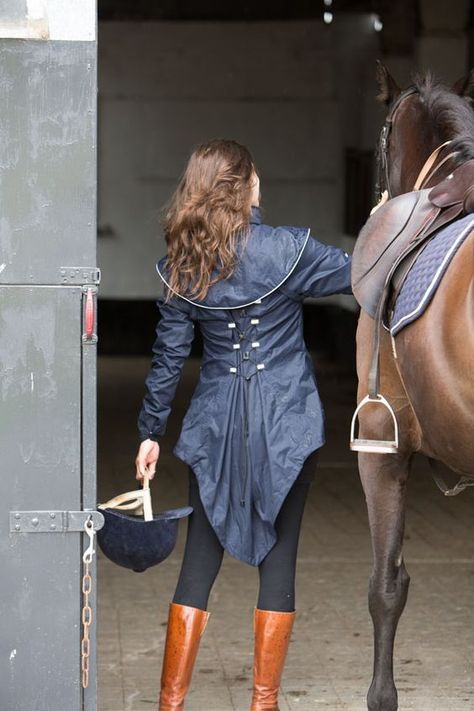 www.horsealot.com, the equestrian social network for riders & horse lovers | Equestrian Fashion : Georgia In Dublin.