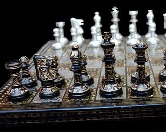 The Parker Boxwood Burnt 3 75 King Luxury Wood Chess Etsy In 2020 Metal Chess Set Chess Set Unique Chess Set