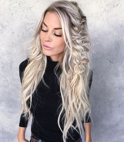 Beautiful boho Hairstyles To Do Yourself The best way of changing your look is simply grabbing different hairstyles for girls. If you are in search of something different hair style ideas for girls. Pretty Hairstyles, Easy Hairstyles, Girl Hairstyles, Hairstyle Ideas, Perfect Hairstyle, Bohemian Hairstyles, Boho Hairstyles For Long Hair, Hairstyles 2016, Everyday Hairstyles