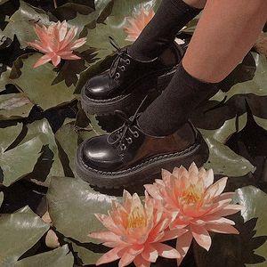 Sock Shoes, Cute Shoes, Me Too Shoes, Aesthetic Shoes, Aesthetic Clothes, Doc Martens Oxfords, Dr. Martens, Dream Shoes, New Shoes