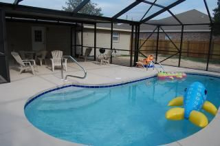 Vacation Rental In Panama City Beach From Vacationrentals Com Vacation Rental Travel Beach House Rental Florida Vacation Rentals Luxury Pool House