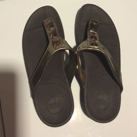 ba8f5bef5 Brown FitFlop with jeweled strap women s size 11 These sandals are very  comfortable for a job where you need cute but supportive sandals.
