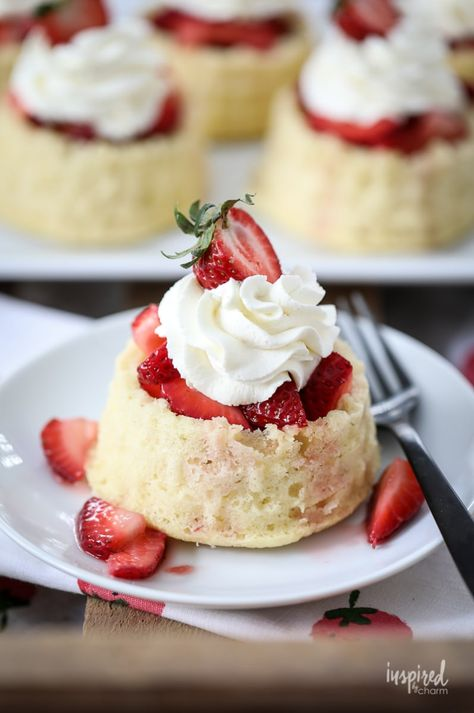 Classic and Homemade Strawberry Shortcake dessert recipe #strawberry #shortcake #dessert #recipe #whippedcream #summer