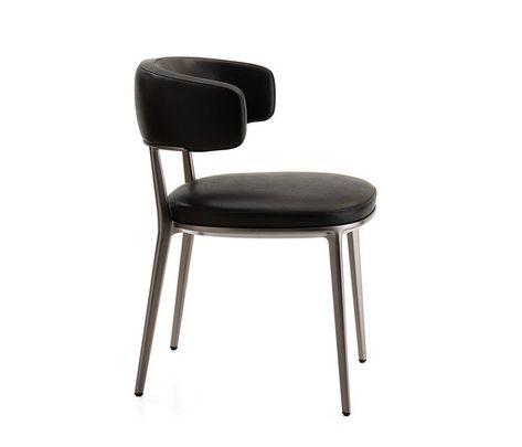 Fantastic Caratos Chair By Maxalto Restaurant Chairs Leather Evergreenethics Interior Chair Design Evergreenethicsorg