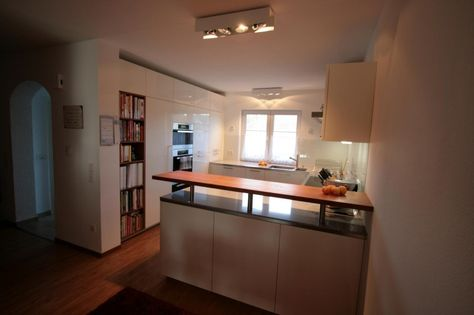 Küchen modern g-form  Rational Polarweiß Lack Hochglanz in G-Form - Fertiggestellte ...