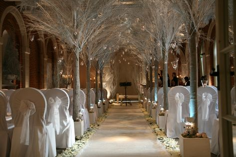 6 Venues For A Winter Wonderland Wedding
