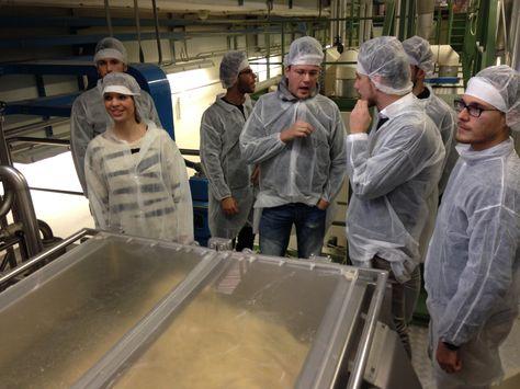 """La squadra HTC visita Pasta ZARA a Riese Pio X (TV). Tema """"Come si impasta la semola..."""""""