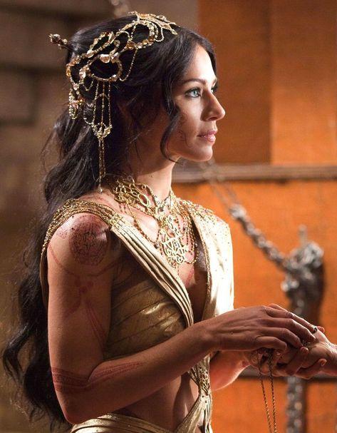 Viola lynne Davis Queen Nymeria of the Rhoyne