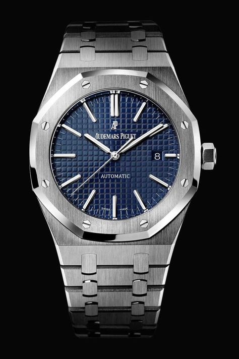Launched in the Royal Oak was the world's first luxury sports watch housed in an imposing stainless steel case that cost more than a gold model. Touted as having
