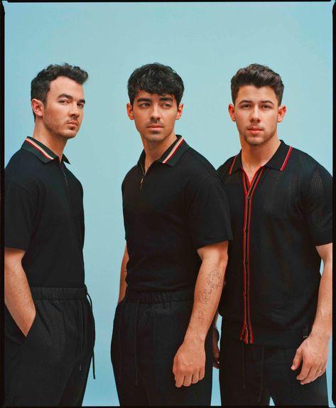 Jonas Brothers (Kevin Jonas & Joe Jonas & Nick Jonas) (p: Emman Montalvan), Wonderland Magazine, Summer Jonas Brothers, Nick Jonas, Camp Rock, Famous Singers, The Brethren, New Music, Music Artists, Boy Bands, At Least