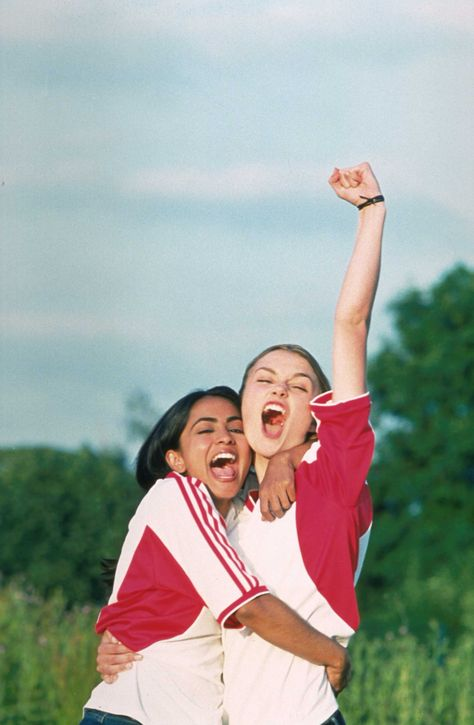   BEND IT LIKE BECKHAM   Parminder Nagra and Keira Knightley celebrate a victory #tbt