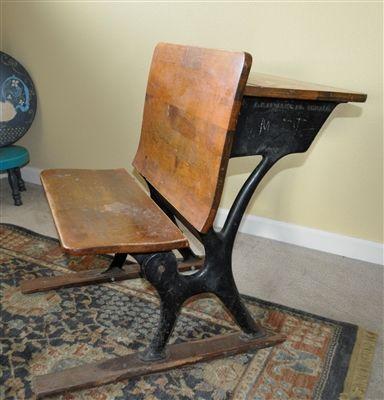 "Vintage Child/'s School Desk Wood /& Decorative Wrought Iron Seat 14/"" Folds Up"