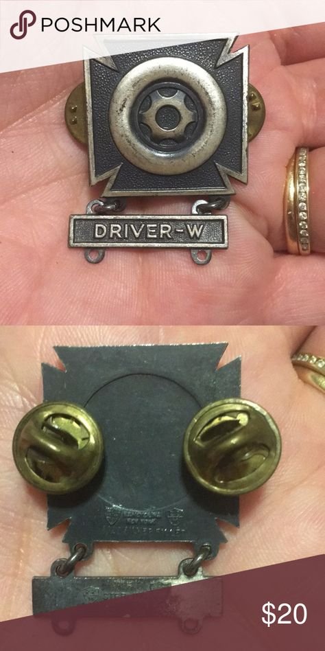 US Army Driver Mechanic Pin United States Army Mechanic/Driver Badge with army qualification bar Accessories Jewelry