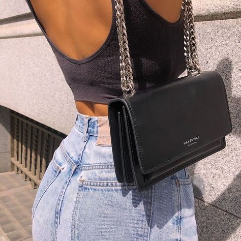 "Find and save images from the ""fashion killa 🧚🏻‍♀️"" collection by ✰ (whosremaz) on We Heart It, your everyday app to get lost in what you love. Fashion Bags, Fashion Outfits, Womens Fashion, Pochette Louis Vuitton, Accesorios Casual, Side Bags, Luxury Bags, Mode Inspiration, Fashion Killa"