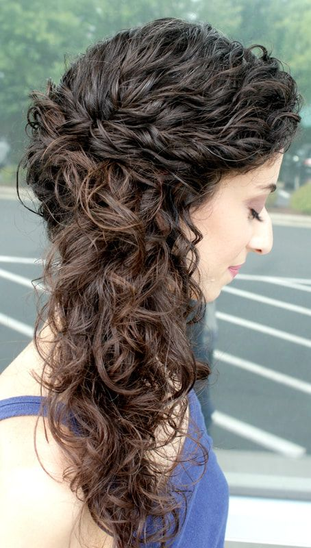 Naturally Curly Bridal Hairstyle Curly Bridal Hair Long Natural Curly Hair Brides Maid Hair