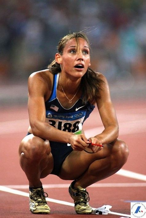 Lolo Jones, USA Track and field. she's my idol. Lolo Jones, Jones Jones, Bodybuilding Training, Bodybuilding Workouts, London Summer Olympics, Foto Sport, Girls Lifting, Actrices Sexy, Sport Top