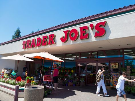No need to add an hour to your shopping trip with scanning ingredient labels, we've got your essential Whole 30 shopping list (Trader Joe's edition) Best Frozen Meals, Maple Leaf Cookies, Kale Slaw, Marinated Chicken Thighs, Lean And Green Meals, Whole 30 Approved, Dried Cherries, Food Categories, Food Lists