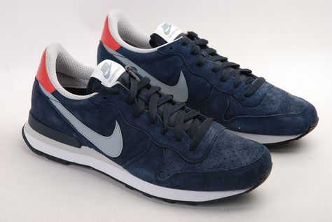 nike internationalist suede bleu marine