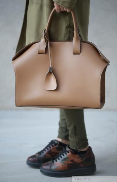 Italian Women's Ruga Calfskin Bag