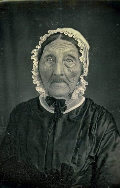 The Oldest Generation Of People To Ever Be Photographed Vintage Photography Women Victorian Photography Vintage Portraits