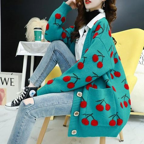Fruit Printed Women Sweater - Green / XL
