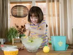 would u like some lemonade