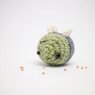 amigurumi bee 1 | Kawaii bee amigurumi in progress! Get the … | Flickr | 320x320