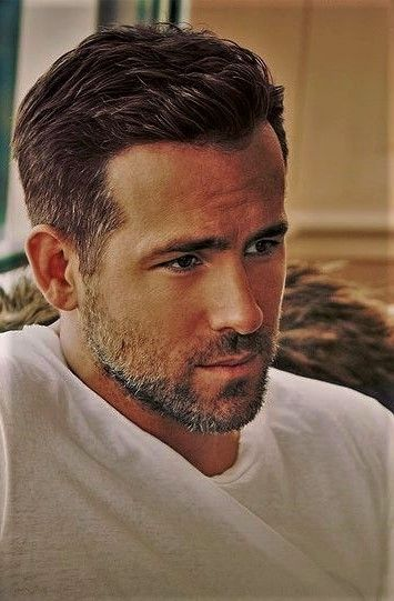 Ryan Reynolds Ryan Reynolds In 2020 Mens Haircuts Short Ryan Reynolds Hair Ryan Reynolds Haircut